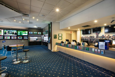 Sports Bar at St Albans Hotel