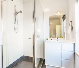 Ensuite Bathroom in Two Bedroom Apartment at Nightcap at Rose and Crown Hotel