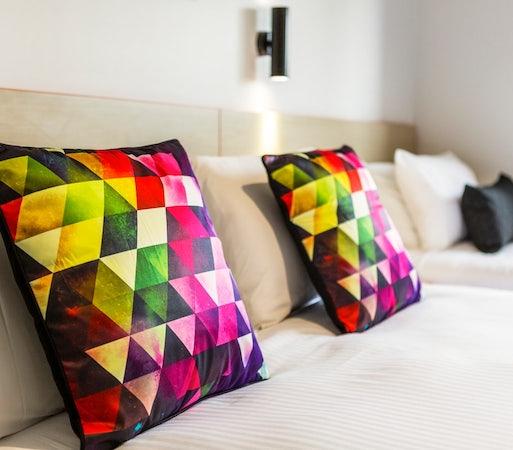 braybrook accommodation specials stay 7 pay 6 ashley hotel nightcap