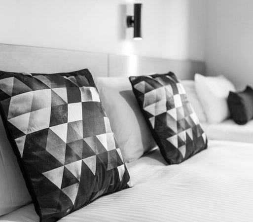 Royal Park accommodation specials stay 7 pay 6 hendon hotel nightcap