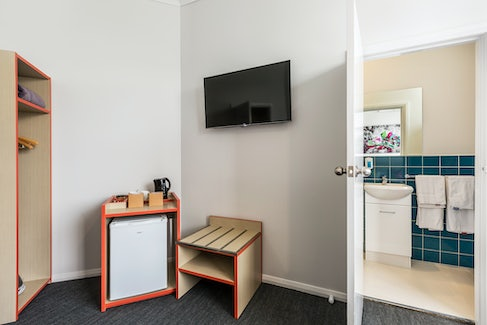 braybrook accommodation ashley hotel nightcap