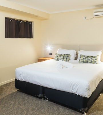 Bedroom in Three Bedroom Apartment at Nightcap at Balaclava Hotel