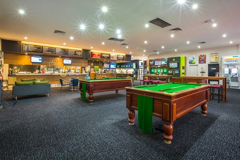 Billiards at Coolaroo Hotel