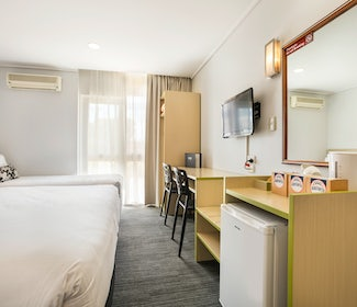 coolaroo accommodation studio king and single coolaroo hotel nightcap