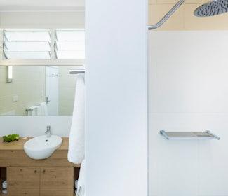 Ensuite Bathroom in Three Bedroom Apartment at Nightcap at Edge Hill Tavern