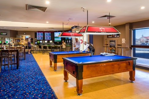 woodville north accommodation bistro pool tables nightcap at finsbury hotel