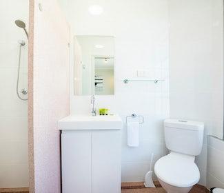 Ensuite Bathroom in Studio Queen at Nightcap at Finsbury Hotel