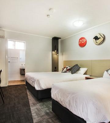 penrith accommodation studio queen bed 2 nightcap at jamison hotel