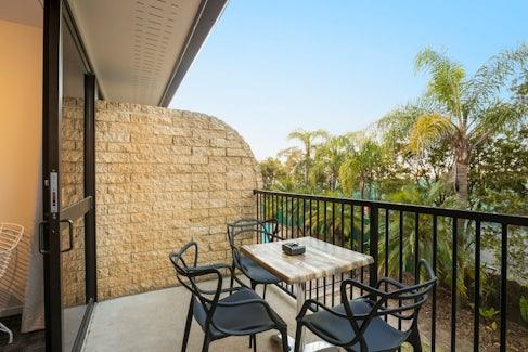 buddina accommodation balcony kawana waters hotel nightcap