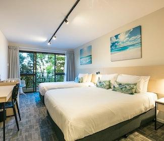buddina accommodation studio queen kawana waters hotel nightcap
