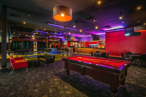 Billiards at Matthew Flinders Hotel