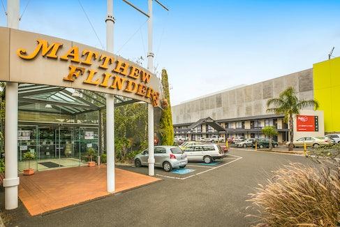 Hotel Entrance at Nightcap at Matthew Flinders Hotel