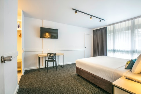 chadstone accommodation studio apartment nightcap at matthew fliders hotel