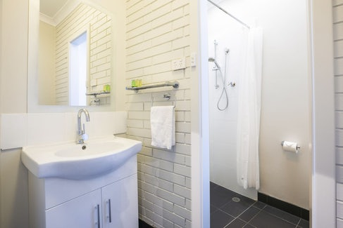 Ensuite Bathroom at Nightcap at Playford Tavern