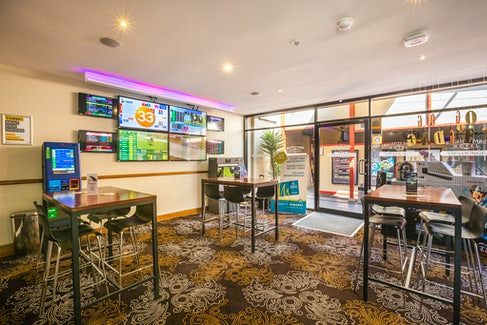 Sports Bar at Regents Park Hotel