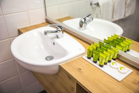 seaford accommodation bathroom sink nightcap at seaford hotel