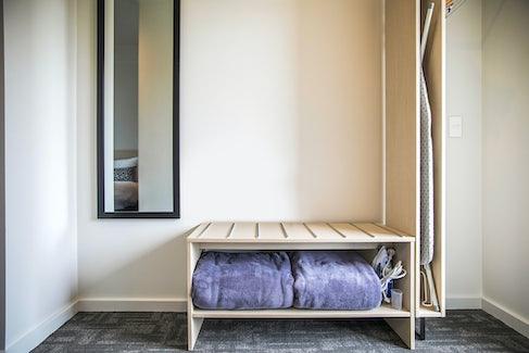 seaford accommodation bedroom interior 2 nightcap at seaford hotel
