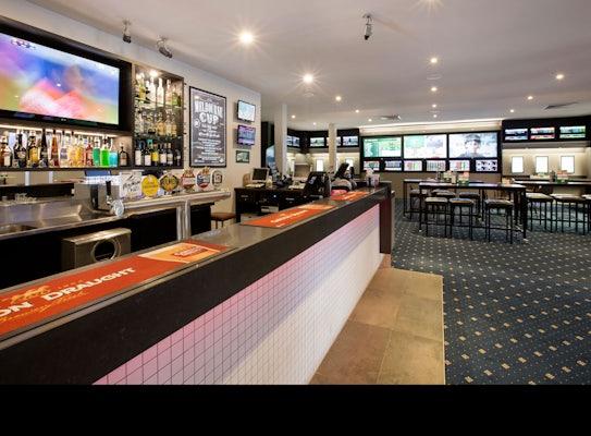 Doncaster accommodation restaurant shoppingtown hotel nightcap