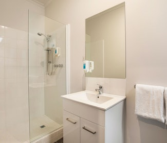 Ensuite Bathroom in Studio Queen at Nightcap at St Albans Hotel