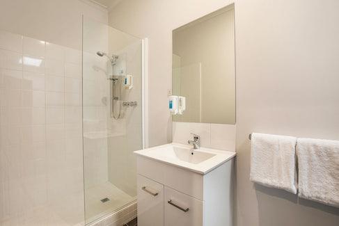 st albans accommodation bathroom st albans hotel nightcap