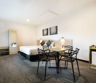 st albans accommodation two bedroom family st albans hotel nightcap