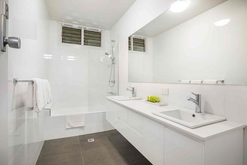 Ensuite Bathroom at Nightcap at Waltzing Matilda Hotel