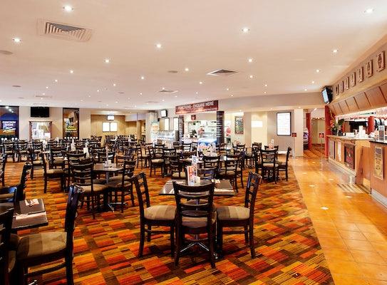 nightcap at balaclava hotel dining in the restaurant