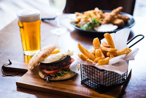 Burger and Beer at Excelsior Hotel