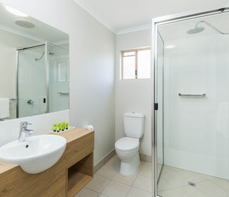 nightcap at balaclava hotel studio queen and sofa alternative bathroom