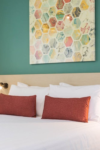 earlville accommodation nightcap at balaclava hotel