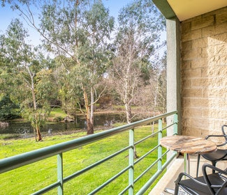 Mount Evelyn accommodation studio spa queen balcony view outside nightcap at York on lilydale