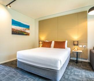 Mount Evelyn studio spa queen main room nightcap at York on lilydale