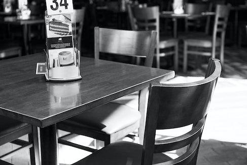 manunda accommodation dining tables nightcap at edge hill
