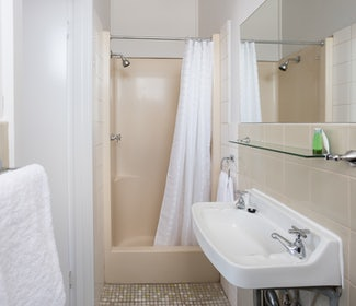 Ensuite Bathroom in Two Bedroom Apartment at Nightcap at Emerald Star Hotel