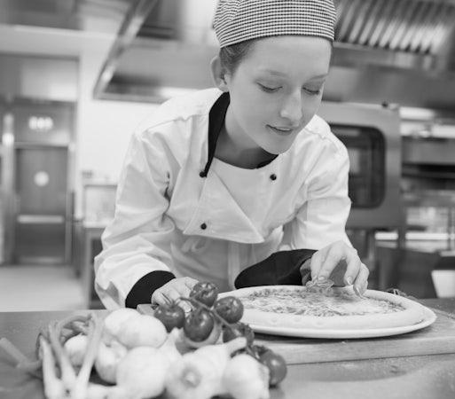 Royal Park accommodation specials 20% off dining hendon hotel nightcap
