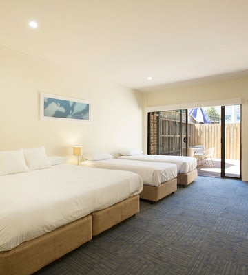 condell park accommodation nightcap at high flyer bedroom interior