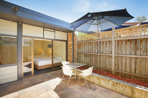 condell park accommodation outdoor view nightcap at high flyer hotel