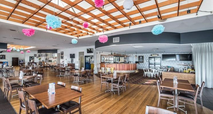 buddina accommodation meeting venue kawana waters hotel nightcap