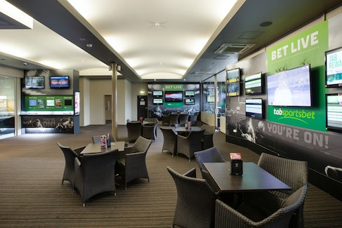 Sports Bar at Chester Hill Hotel