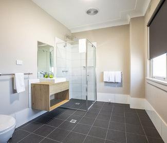 Ensuite Bathroom at Nightcap at Ocean Beach Hotel