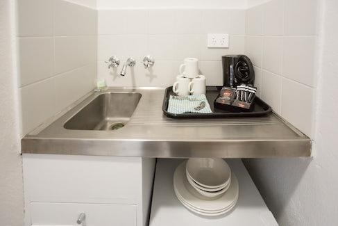 Emerald accommodation laundry Emerald Star Hotel Nightcap