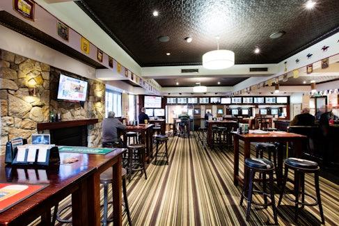 Sports Bar at Federal Hotel