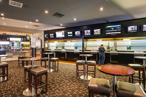 Sports Bar at Nightcap at Excelsior Hotel