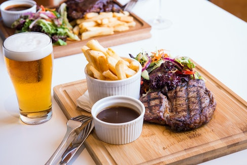 Steak and BEer at Waltzing Matilda Hotel