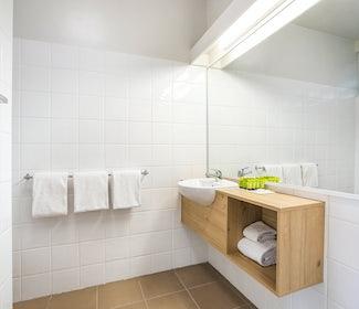 Ensuite Bathroom in Studio Family at Nightcap at Seaford Hotel
