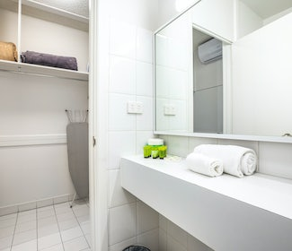 Ensuite BAthroom at Nightcap at Matthew Flinders Hotel